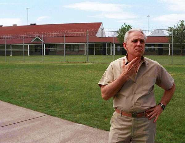 Jeffrey MacDonald at the Federal Correctional Institution in Sheridan