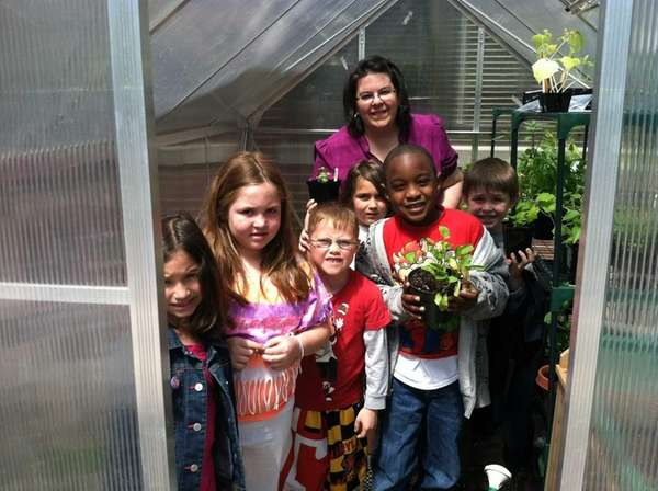 Pupils show off plants in Covert Elementary?s new