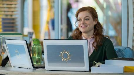 """Jane Levy as Zoey in NBC's """"Zoey's Extraordinary"""