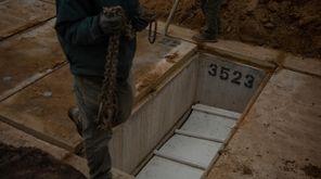 Curtis Credle describes the digging process at Calverton
