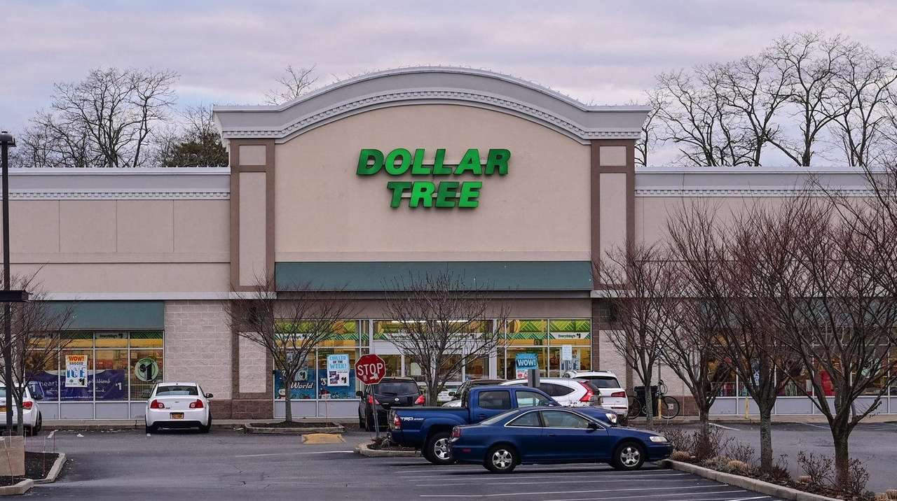Dollar Tree set to close as others open on LI