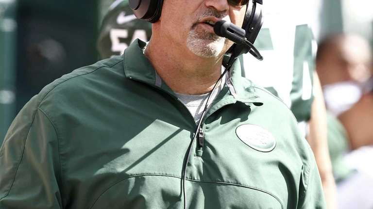 Tony Sparano coaches during the Jets' season opener