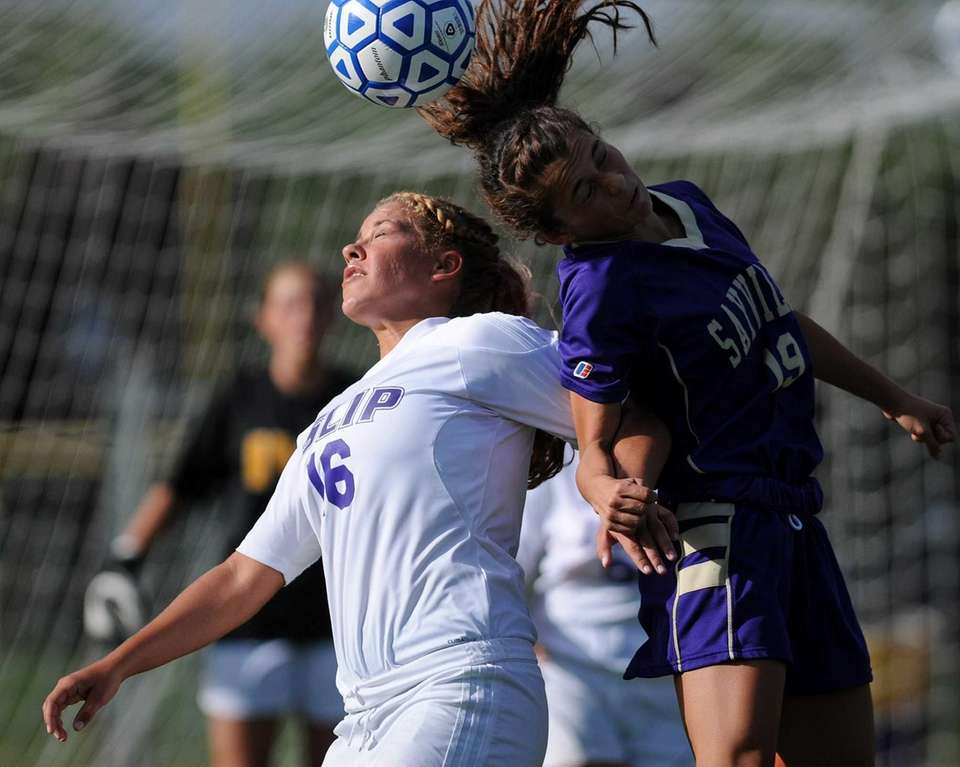 Islip's Sarah McGarry, left, and Sayville's Amanda Famularo