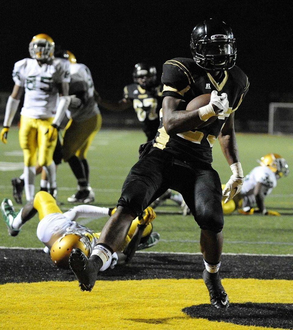 St. Anthony's Jordan Gowins scores his third touchdown