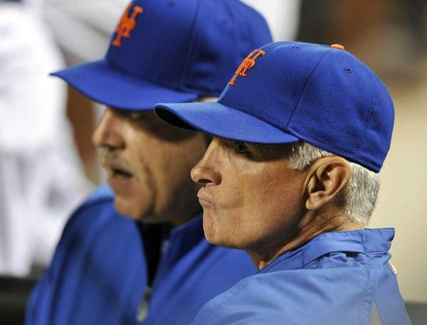 Mets manager Terry Collins, right, and coach Wally