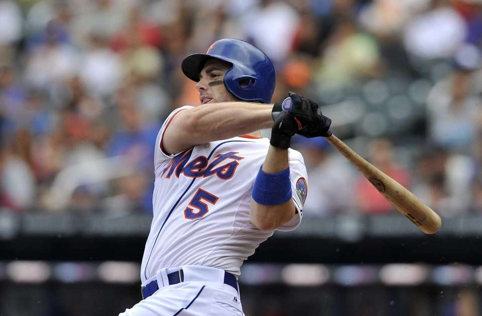David Wright flies out in the first inning