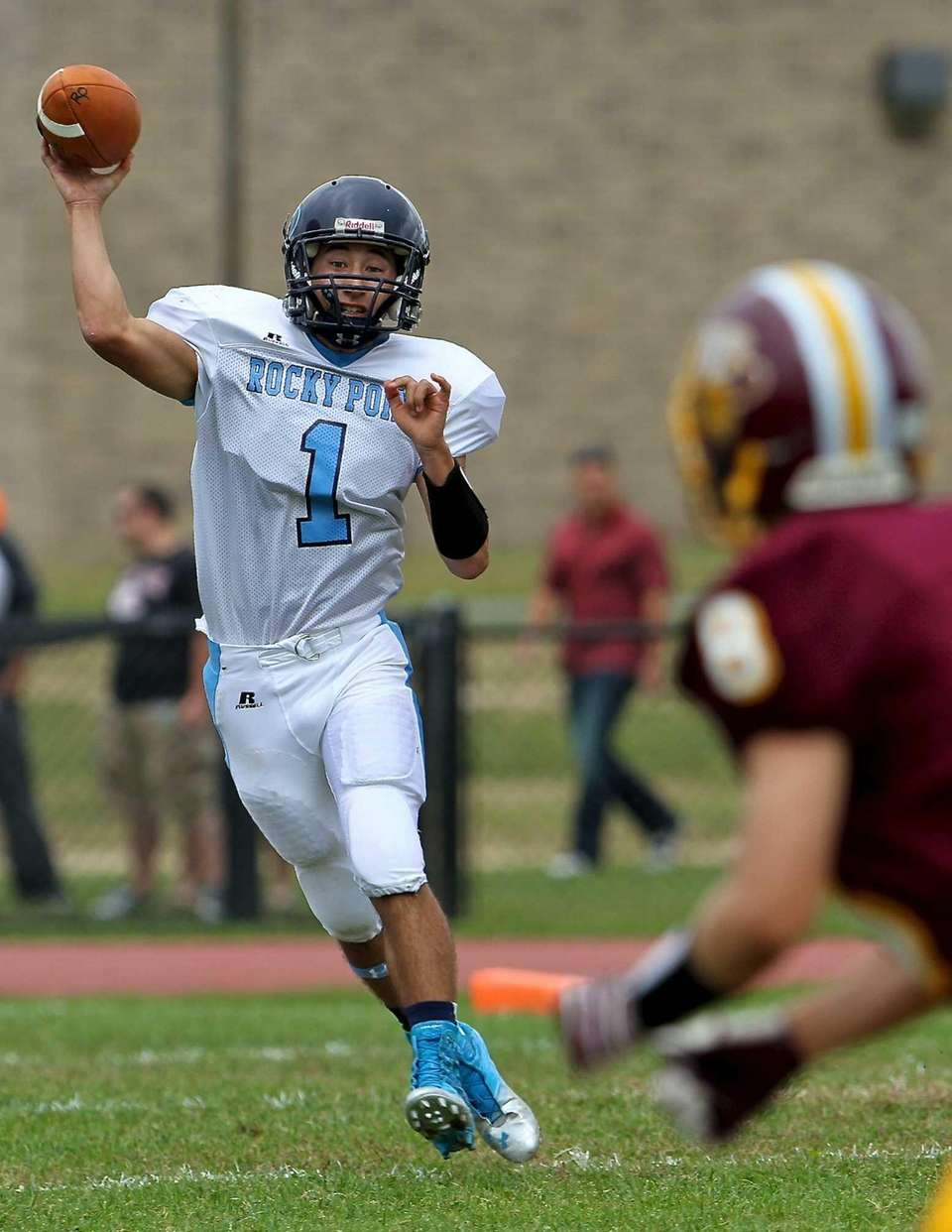 Rocky Point quarterback Quentin Lambert looks to pass