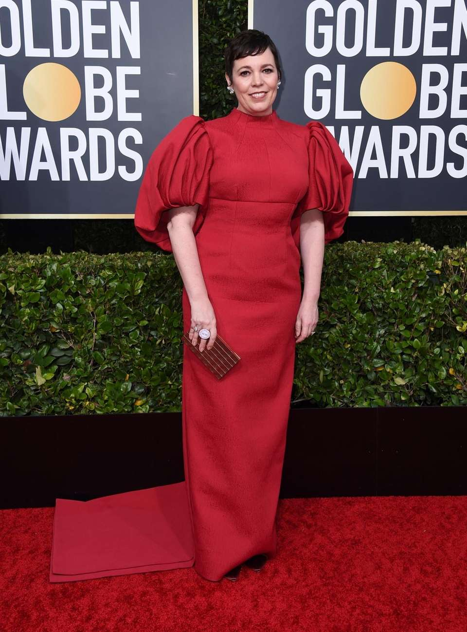 Olivia Colman arrives at the 77th annual Golden