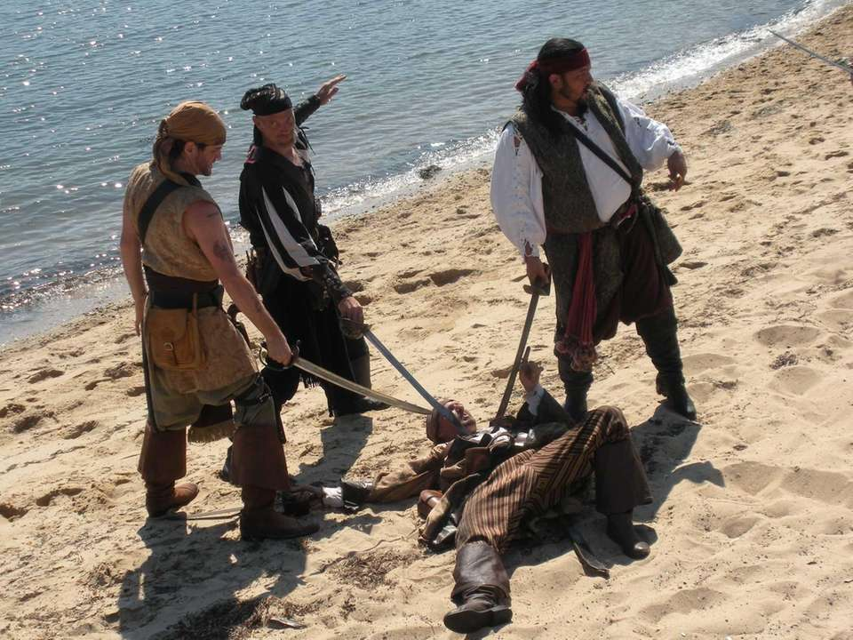 The Kings of the Coast Pirate Troupe, left