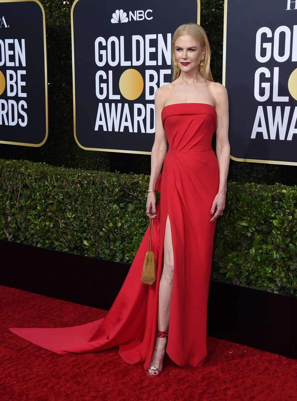 Nicole Kidman arrives at the 77th annual Golden