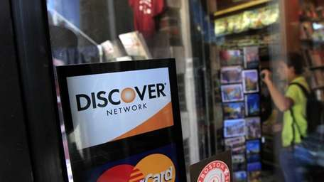 Discover will refund customers $200 million to settle