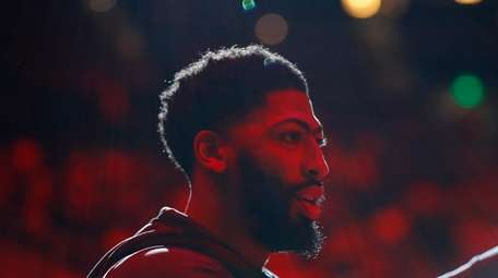 Anthony Davis #3 of the Los Angeles Lakers