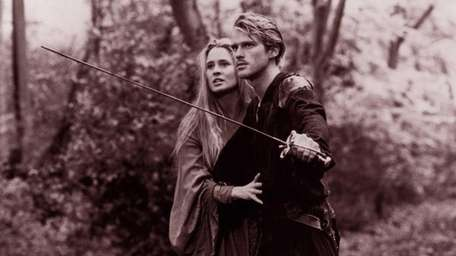 Cary Elwes protects a princess played by Robin