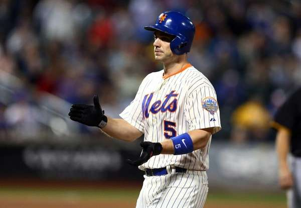 David Wright celebrates his seventh inning two-run single