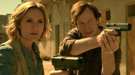 """Erinn Hayes and Rob Huebel in Netflix's """"Medical"""