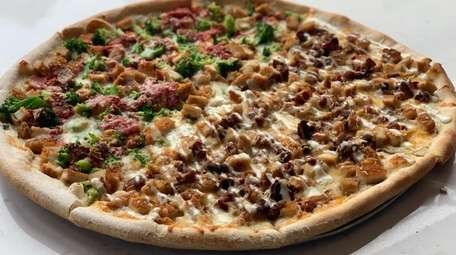 Main Street Pizza in Mineola offers specialty pies,