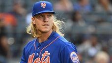 Mets starting pitcher Noah Syndergaard against the Atlanta