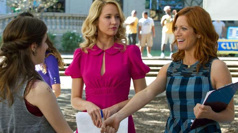Anna Kendrick (as Beca, from left), Anna Camp
