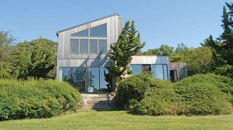 This Southampton waterfront house is on the market