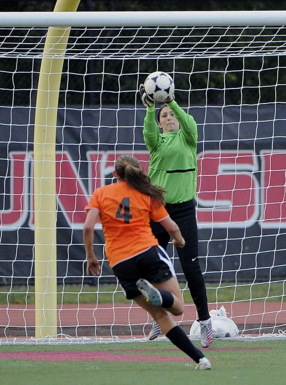 Mt. Sinai goalkeeper Alicia Pirone makes a save