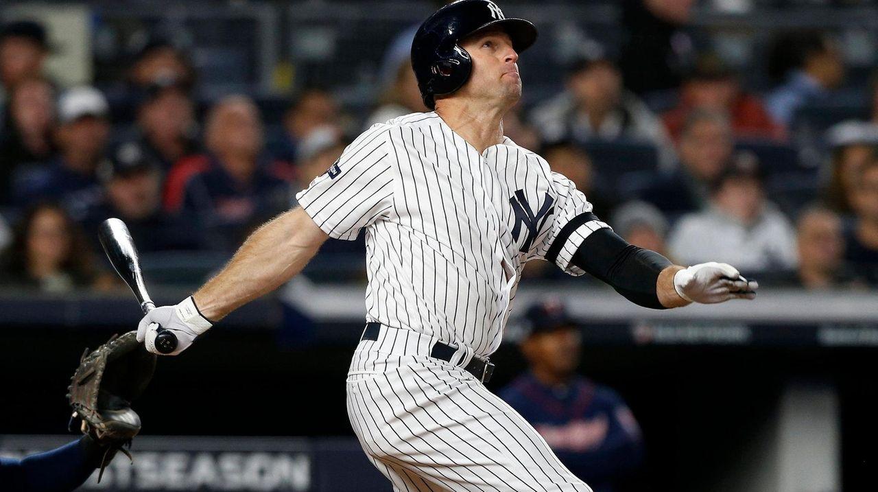 Yankees sign Gardner to one-year deal