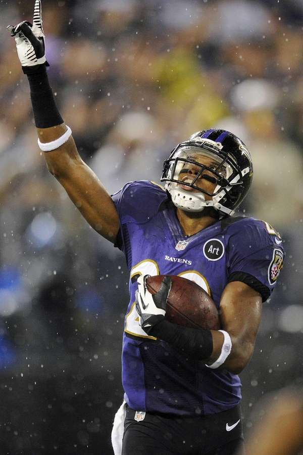 Baltimore Ravens cornerback Cary Williams celebrates his interception