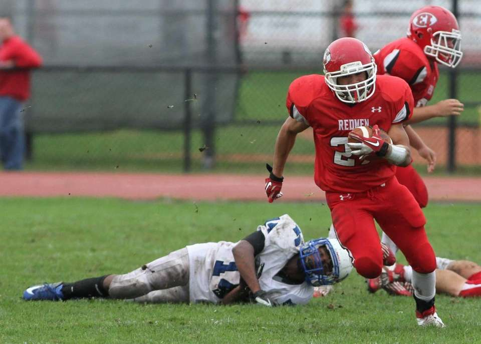 East Islip's Andre Deegan breaks free of a