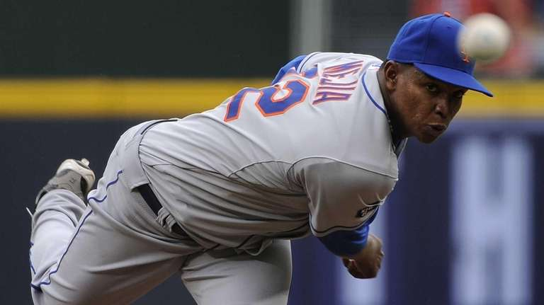 Mets pitcher Jenrry Mejia delivers to the plate
