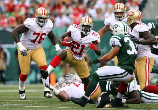 Frank Gore #21 of the San Francisco 49ers