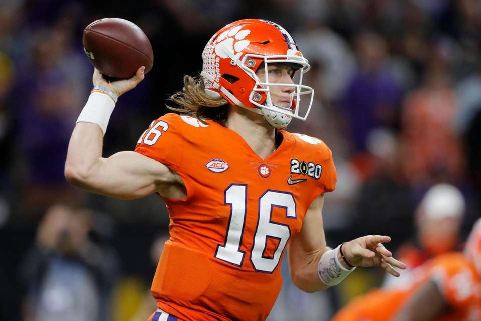 Clemson quarterback Trevor Lawrence passes against LSU during