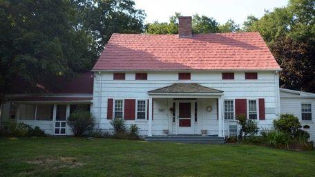 The Noah Hallock house is the oldest house