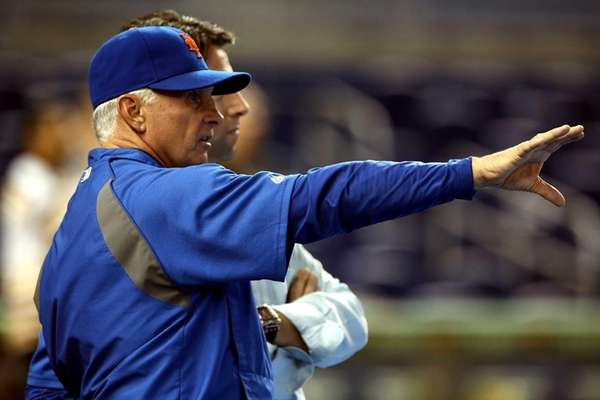 Terry Collins prepares his team to play against