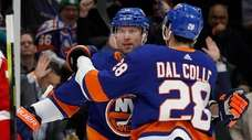 Josh Bailey of the Islanders celebrates his first-period