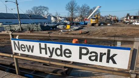 The New Hyde Park LIRR station will close