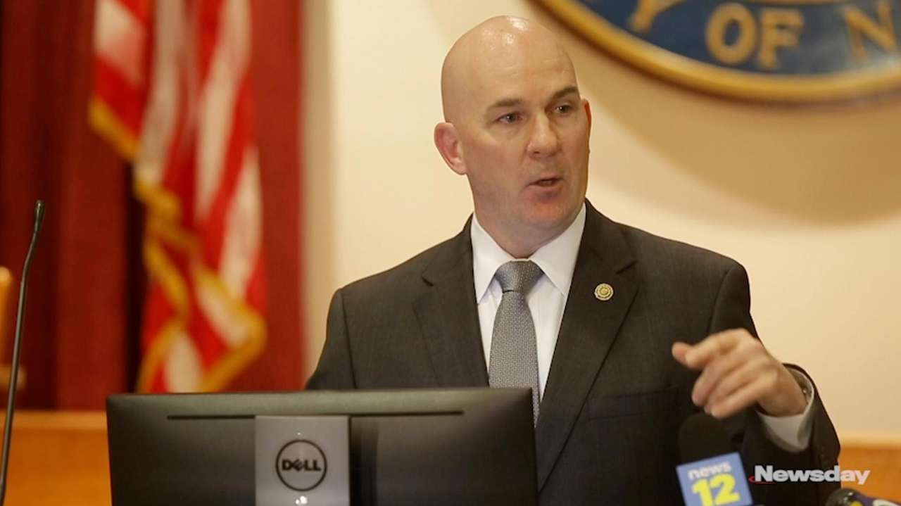 On Thursday,Nassau police Det. Lt. Stephen Fitzpatrick, commanding