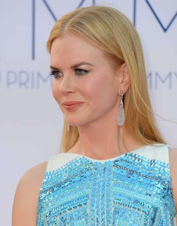 Nicole Kidman arrives at the 64th Annual Primetime
