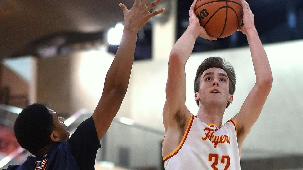 Dorney scores 34 in Chaminade win over St. Mary's