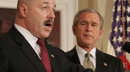 Former NYPD Commissioner Bernard Kerik with President George