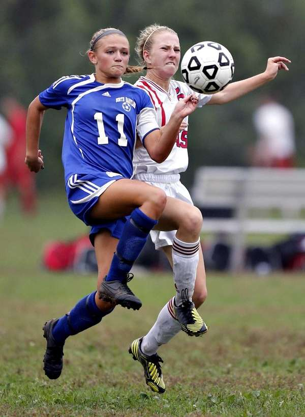 North Babylon's Alena Gannon and Smithtown's Christy Baars