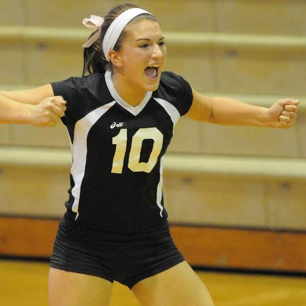 Wantagh's Anna Paulik reacts after winning a point