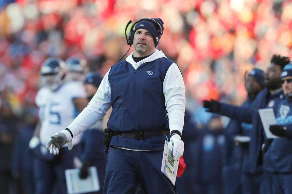 Tennessee Titans head coach Mike Vrabel reacts during