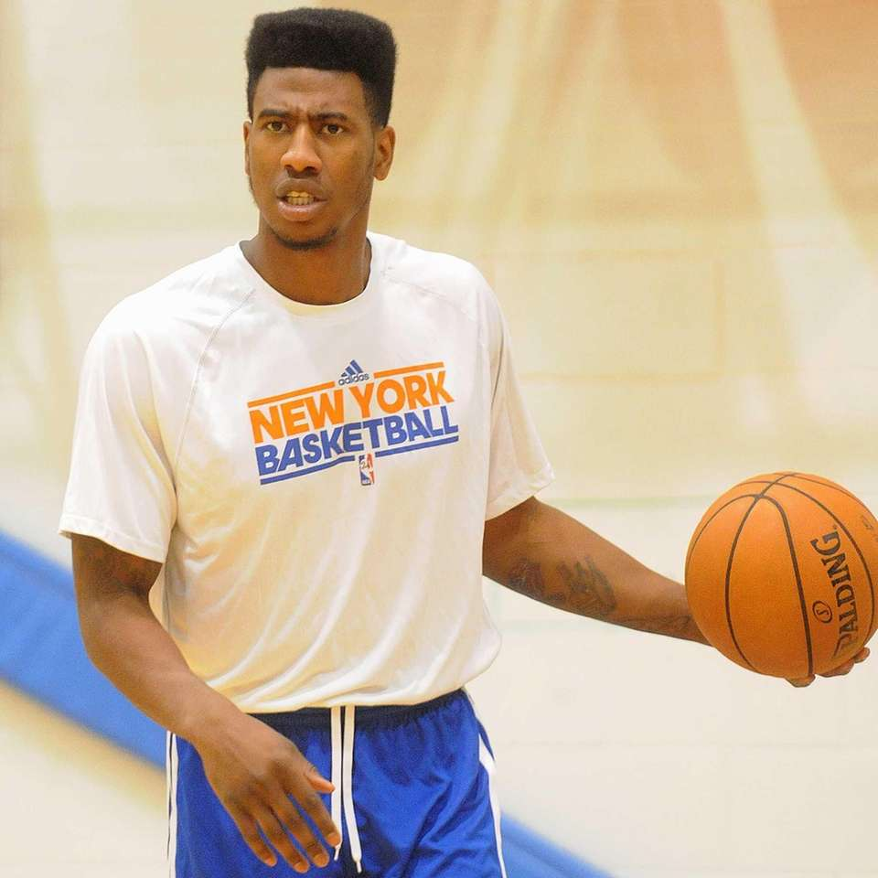 Iman Shumpert practices during Knicks training camp at