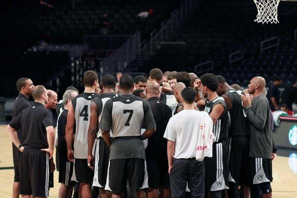 Brooklyn - October 7, 2012: Team gathers on