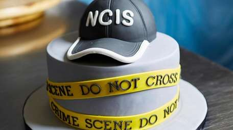 NCIS tv show Groom's Cake with vanilla cake