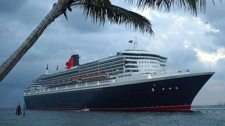 The Queen Mary 2, the largest luxury ocean