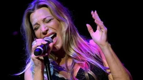 Taylor Dayne performs onstage at the Paradise Artists
