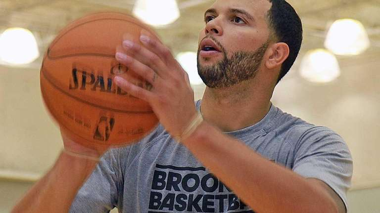 Deron Williams takes a few shots during Monday's