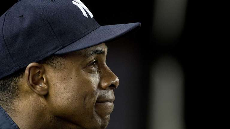 Curtis Granderson looks on during practice at Yankee