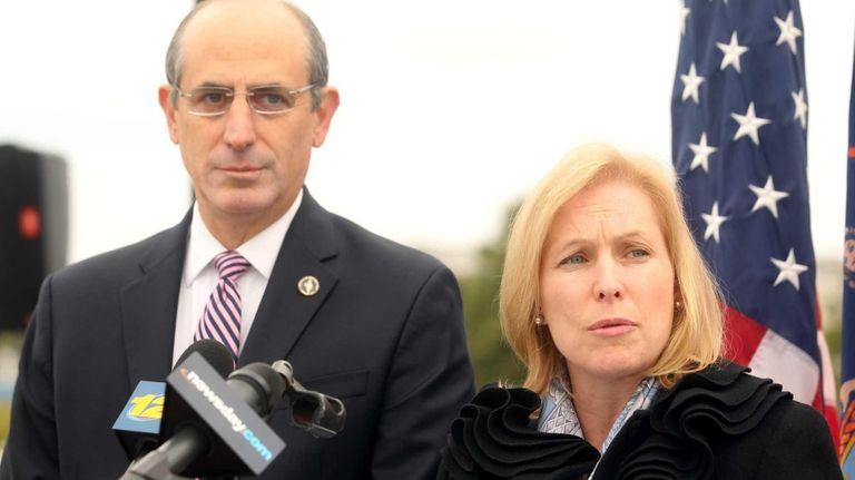 U.S. Sen. Kirsten Gillibrand joins Mayor Ralph Suozzi
