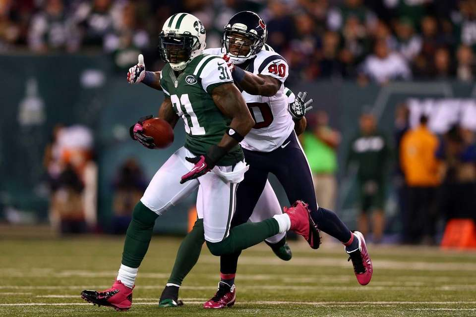 Antonio Cromartie attempts to return an interception for